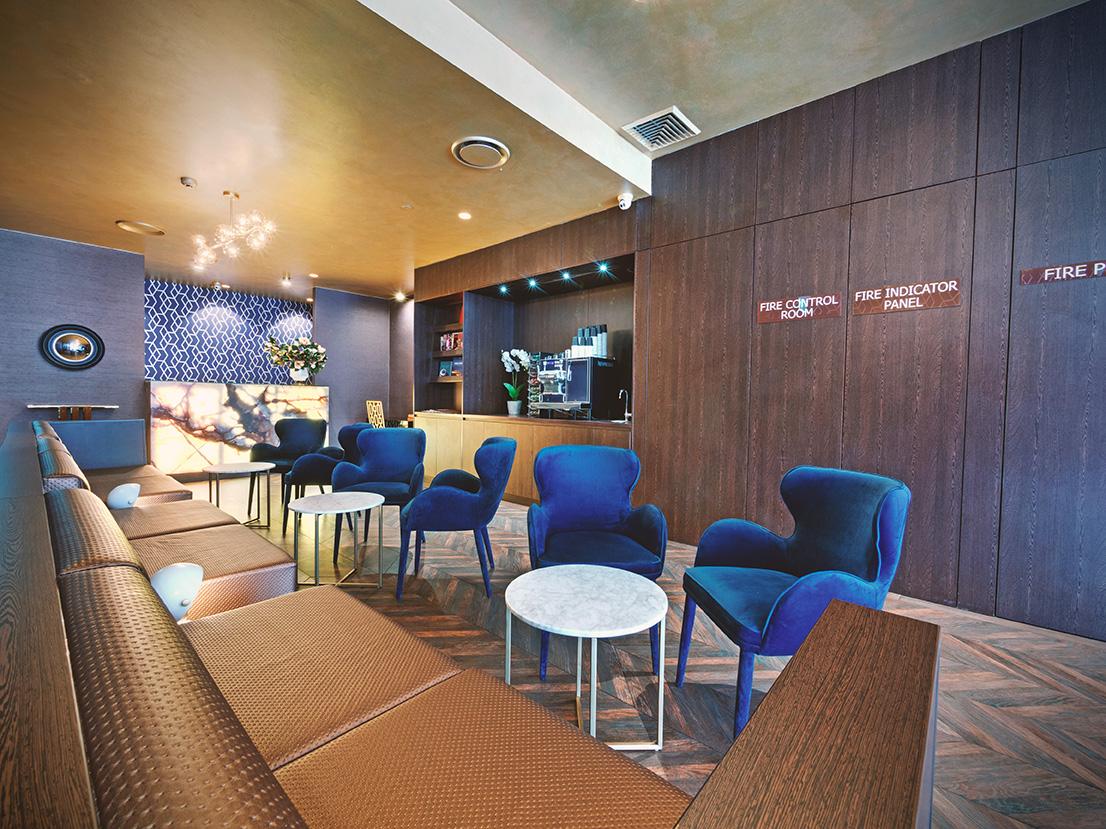 28 Hotel Lounge
